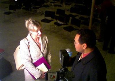 10 Melanie Wendt im TV Interview 1