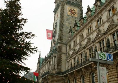 03 Vorfahrt zum HH Rathaus